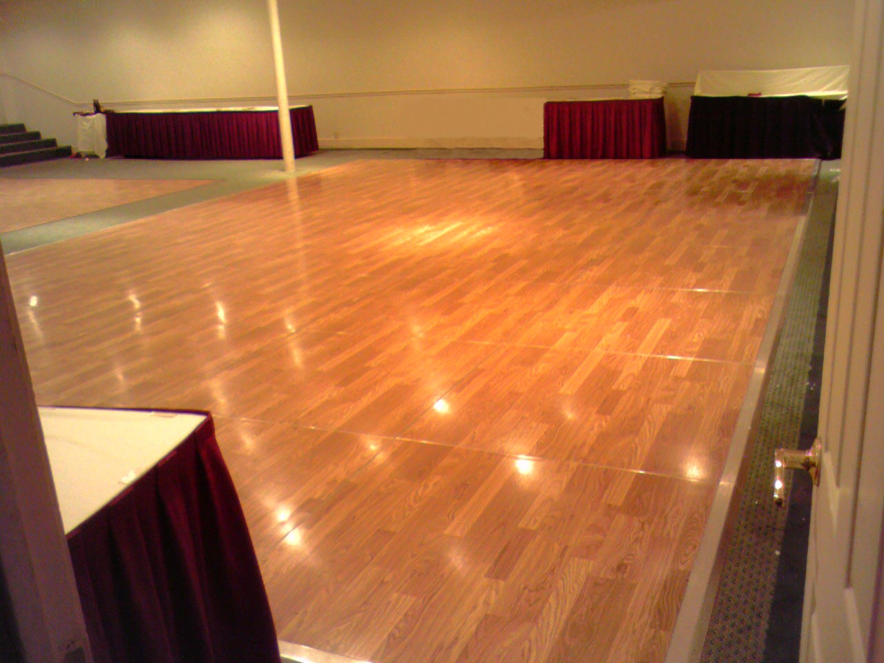 Dance floor rental for Floor to the floor